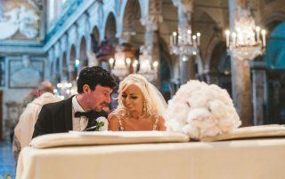 Catholic marriage in church - Intimate Italian weddings